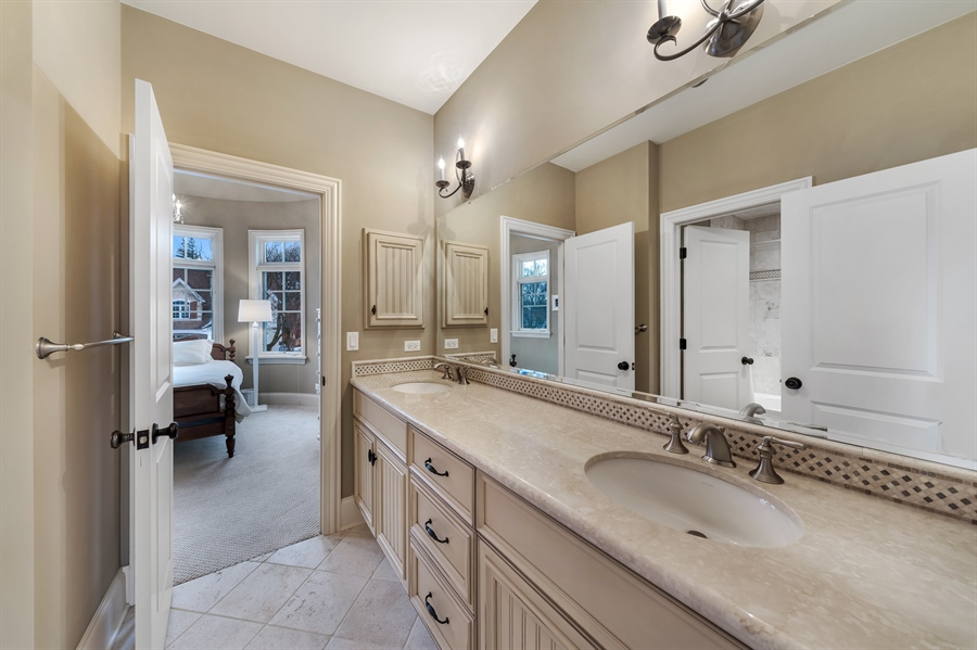 Real Estate Photography - 415 S. Adams St., Hinsdale, IL, 60521 - 5th Bathroom