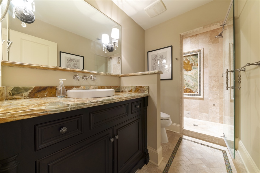 Real Estate Photography - 415 S. Adams St., Hinsdale, IL, 60521 - 2nd Bathroom