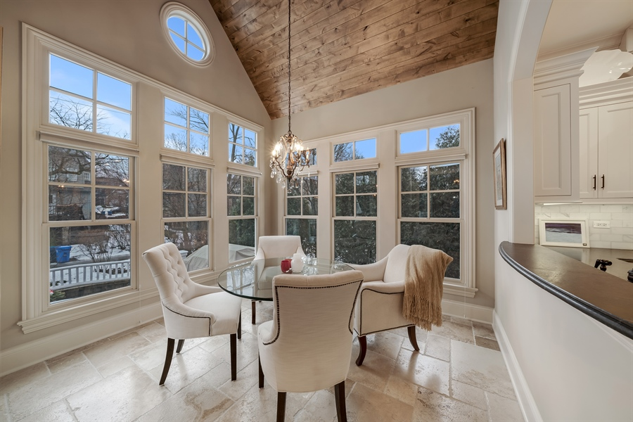 Real Estate Photography - 415 S. Adams St., Hinsdale, IL, 60521 - Sun Room