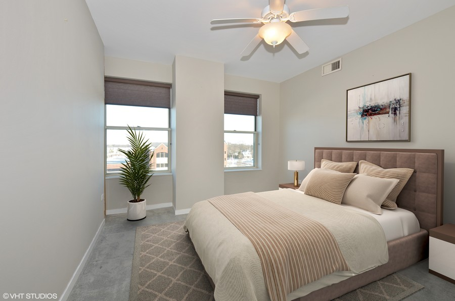 Real Estate Photography - 77 S Evergreen Ave, 503, Arlington Heights, IL, 60005 - Bedroom