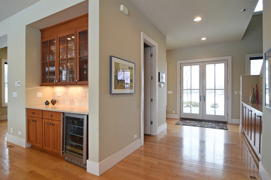 Real Estate Photography - 1 Anne Ct., Hawthorn Woods, IL, 60047 - Butler Station