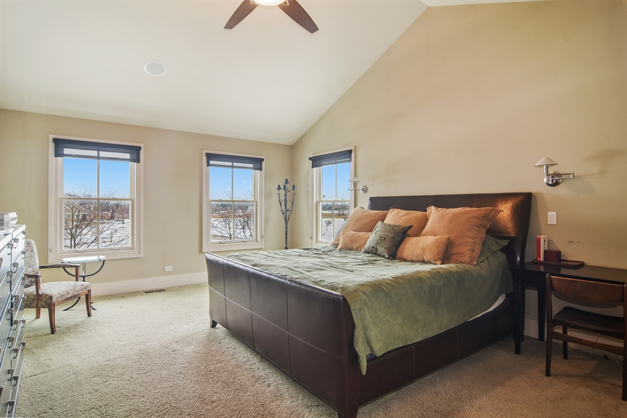 Real Estate Photography - 1 Anne Ct., Hawthorn Woods, IL, 60047 - Master Bedroom