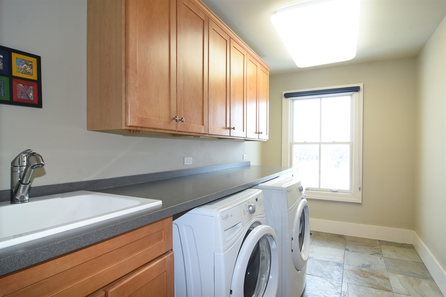 Real Estate Photography - 1 Anne Ct., Hawthorn Woods, IL, 60047 - Laundry Room