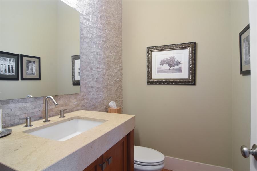 Real Estate Photography - 1 Anne Ct., Hawthorn Woods, IL, 60047 - Half Bath