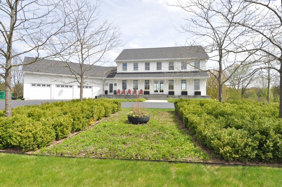Real Estate Photography - 1 Anne Ct., Hawthorn Woods, IL, 60047 -