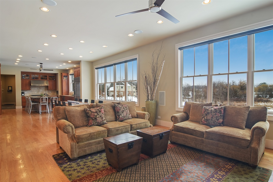 Real Estate Photography - 1 Anne Ct., Hawthorn Woods, IL, 60047 - Family Room / Kitchen