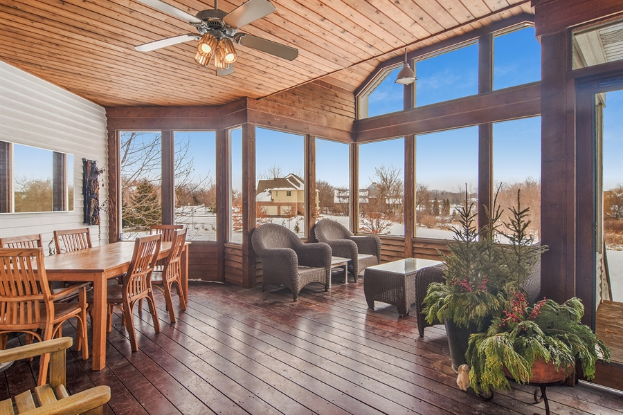 Real Estate Photography - 1 Anne Ct., Hawthorn Woods, IL, 60047 - Sun Room