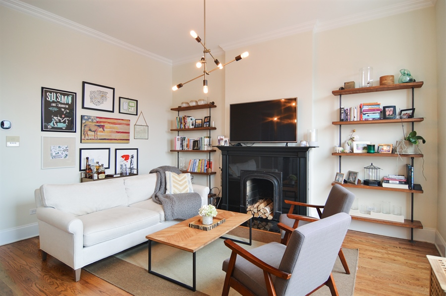 Real Estate Photography - 454 Armitage, 3, Chicago, IL, 60614 - Living Room