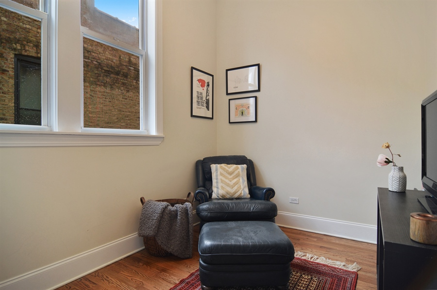 Real Estate Photography - 454 Armitage, 3, Chicago, IL, 60614 - Den