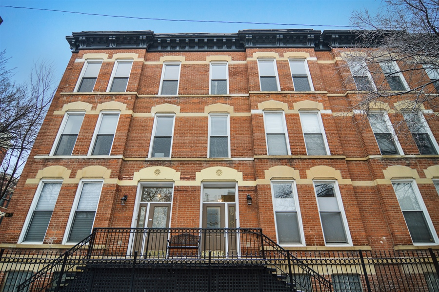 Real Estate Photography - 454 Armitage, 3, Chicago, IL, 60614 - Front View