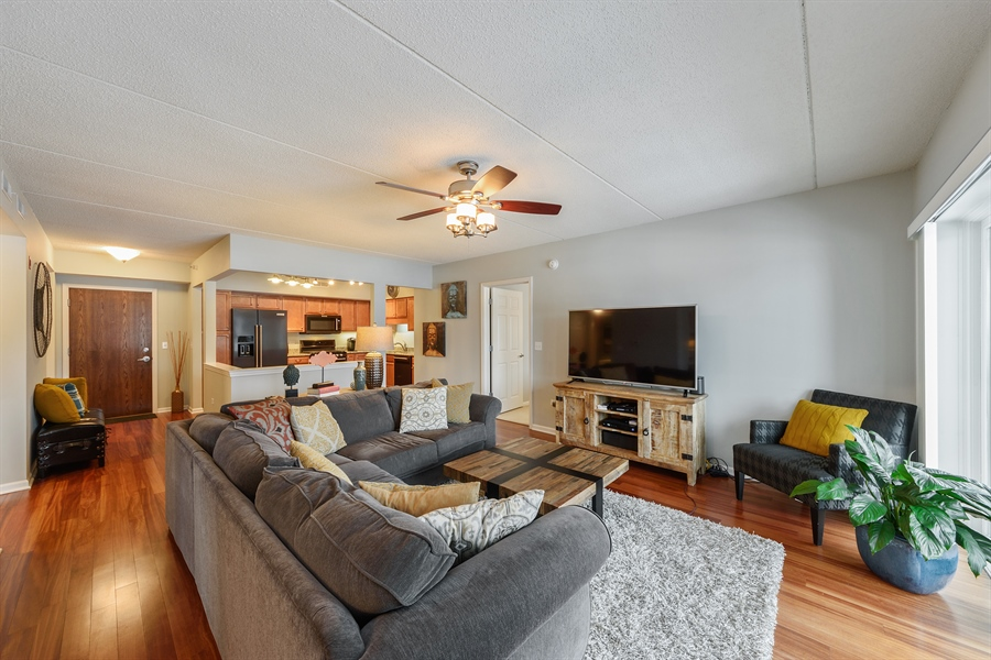 Real Estate Photography - 225 Main st, 307, Roselle, IL, 60172 - Kitchen / Living Room
