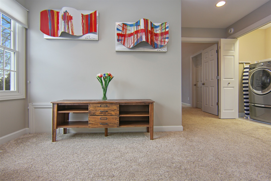 Real Estate Photography - 495 Ridgeway, St Joseph, MI, 49085 - Landing