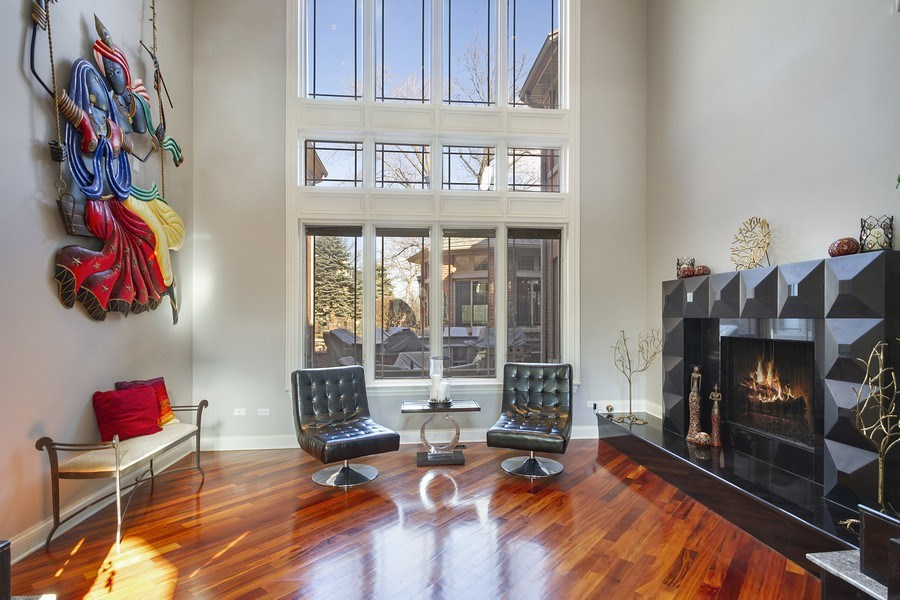 Real Estate Photography - 6455 N Sauganash Ave, Lincolnwood, IL, 60712 - Living Room