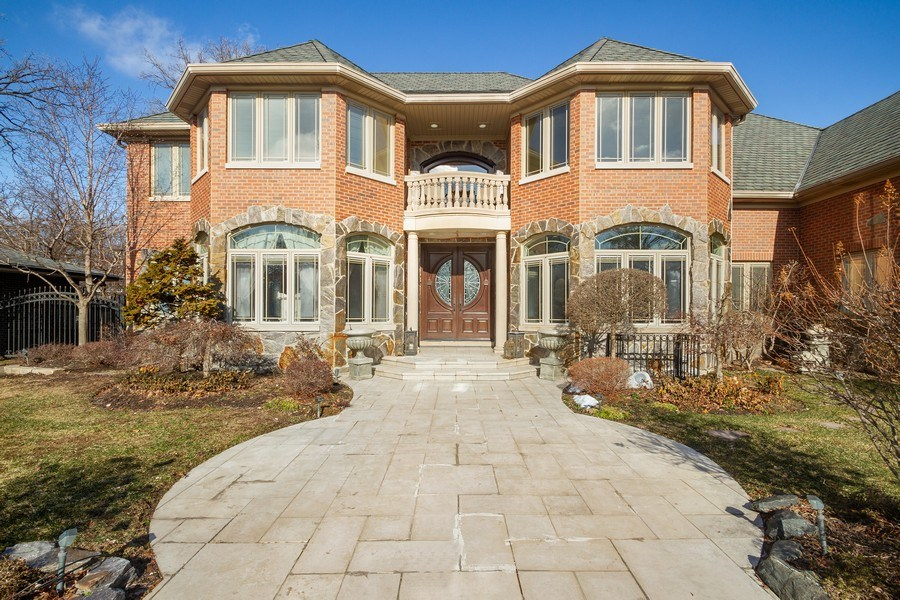 Real Estate Photography - 6455 N Sauganash Ave, Lincolnwood, IL, 60712 - Front View