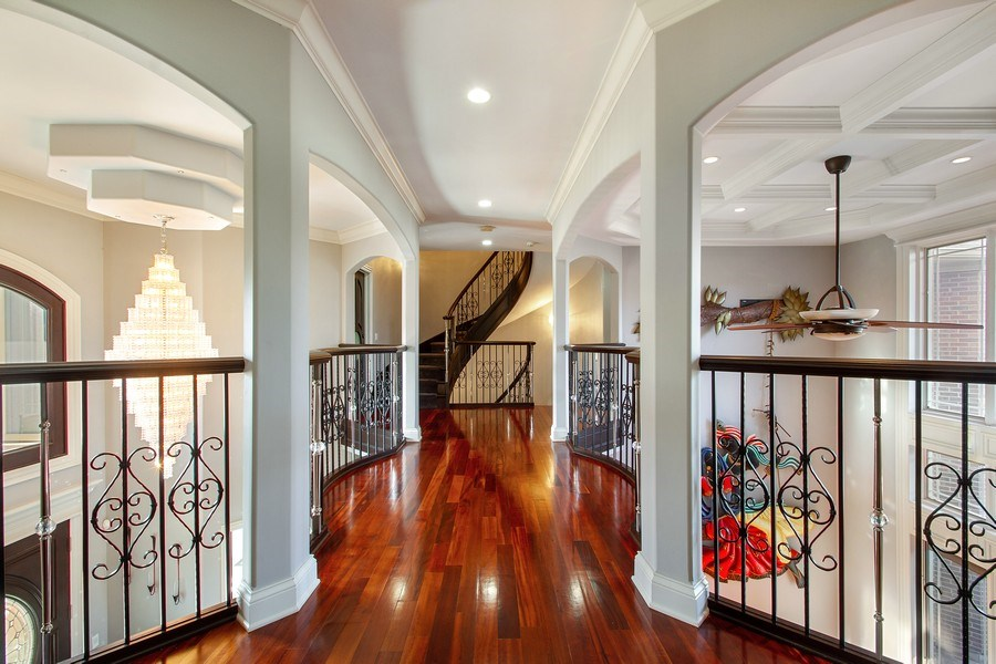 Real Estate Photography - 6455 N Sauganash Ave, Lincolnwood, IL, 60712 - 2nd Level Hallway