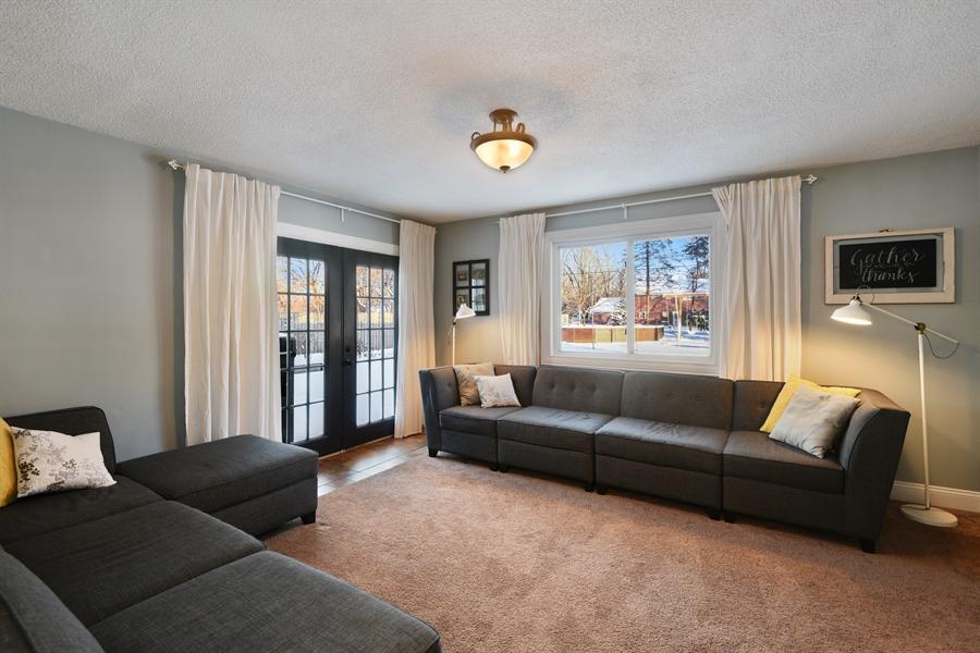 Real Estate Photography - 185 Hunter Dr, Benton Harbor, MI, 49022 - Family Room