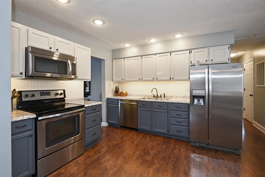 Real Estate Photography - 185 Hunter Dr, Benton Harbor, MI, 49022 - Kitchen
