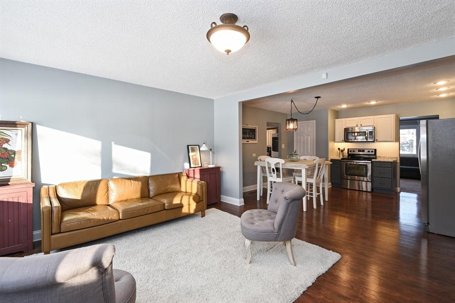 Real Estate Photography - 185 Hunter Dr, Benton Harbor, MI, 49022 - Kitchen / Living Room
