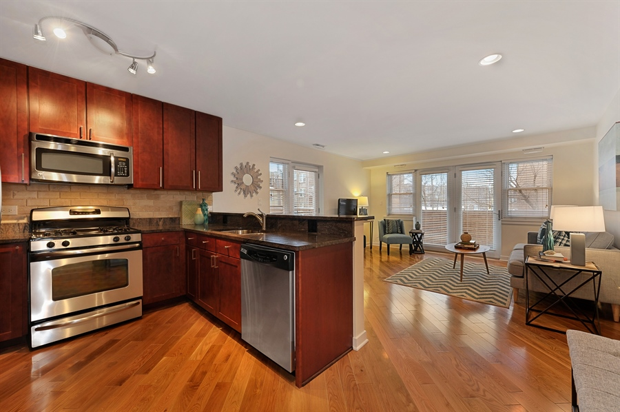Real Estate Photography - 2525 W. Bryn Mawr, 204, Chicago, IL, 60659 - Kitchen