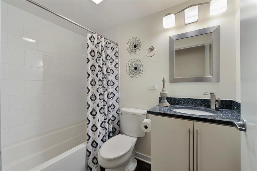 Real Estate Photography - 2525 W. Bryn Mawr, 204, Chicago, IL, 60659 - Second Bath
