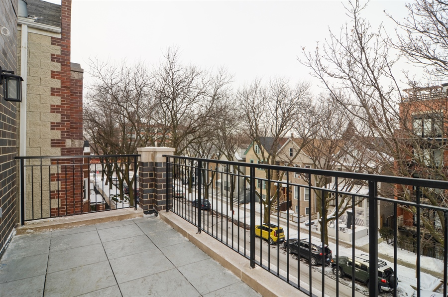 Real Estate Photography - 1731 W Roscoe St, Chicago, IL, 60657 - Balcony