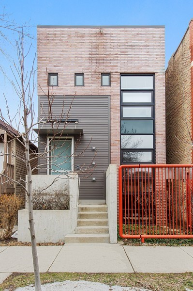 Real Estate Photography - 527 N Wood, Chicago, IL, 60622 - Front View