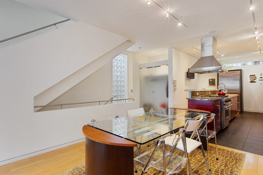 Real Estate Photography - 527 N Wood, Chicago, IL, 60622 - Kitchen / Dining Room