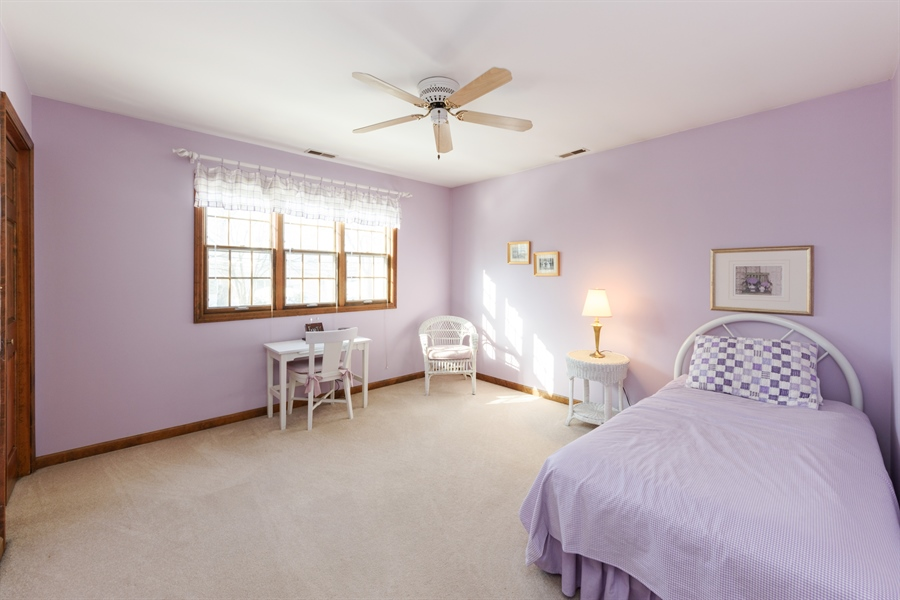 Real Estate Photography - 354 S Carlyle Place, Arlington Heights, IL, 60004 - 5th Bedroom