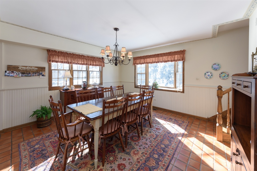 Real Estate Photography - 354 S Carlyle Place, Arlington Heights, IL, 60004 - Breakfast Area