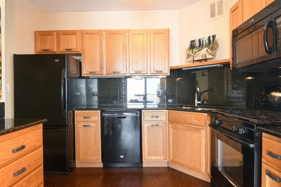 Real Estate Photography - 3200 N. Lake Shore, 1511, Chicago, IL, 60657 - Kitchen