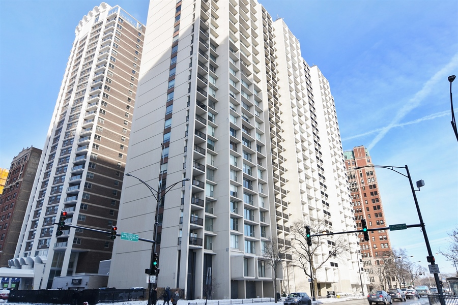 Real Estate Photography - 3200 N. Lake Shore, 1511, Chicago, IL, 60657 - Front View