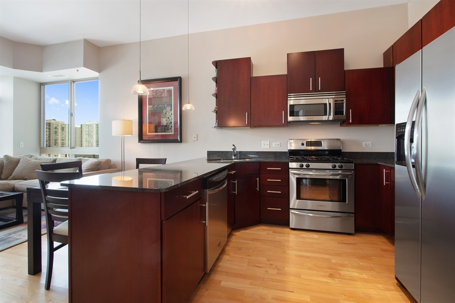 Real Estate Photography - 230 W Division, 1306, Chicago, IL, 60610 - Kitchen