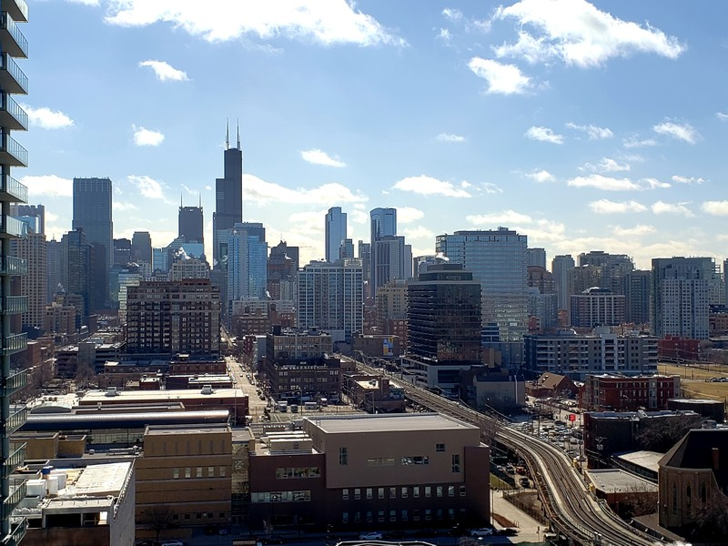 Real Estate Photography - 230 W Division, 1306, Chicago, IL, 60610 - View from 16th Floor Rooftop Dek