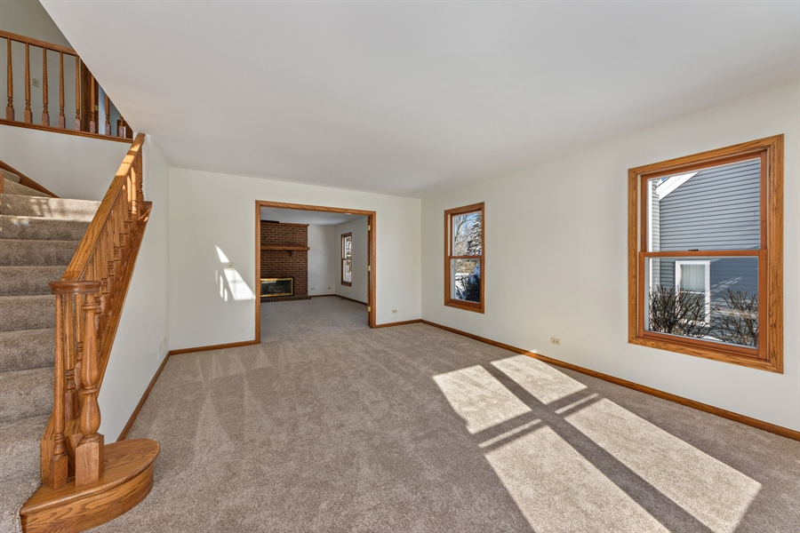 Real Estate Photography - 810 Ambria Ct, Mundelein, IL, 60060 - Living Rm/Family Rm