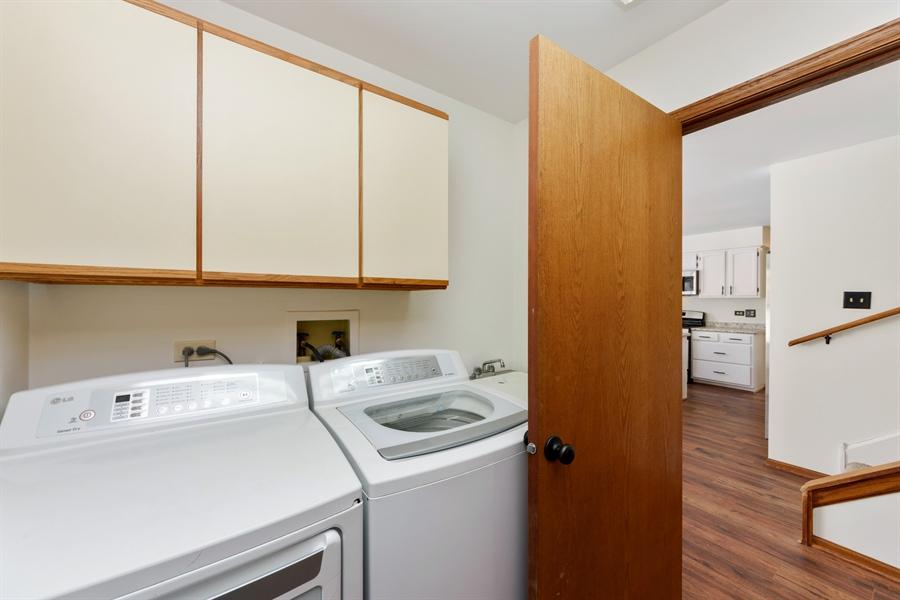 Real Estate Photography - 810 Ambria Ct, Mundelein, IL, 60060 - Mudroom
