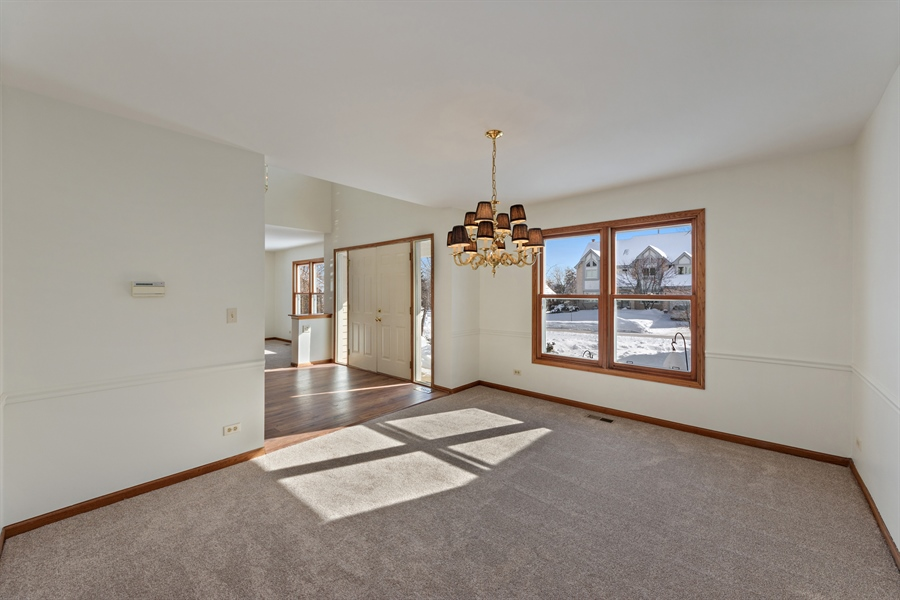 Real Estate Photography - 810 Ambria Ct, Mundelein, IL, 60060 - Dining Room