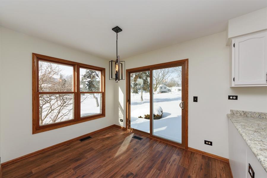 Real Estate Photography - 810 Ambria Ct, Mundelein, IL, 60060 - Breakfast Area