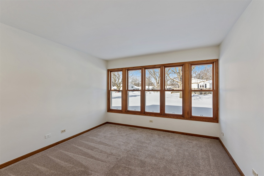 Real Estate Photography - 810 Ambria Ct, Mundelein, IL, 60060 - Office