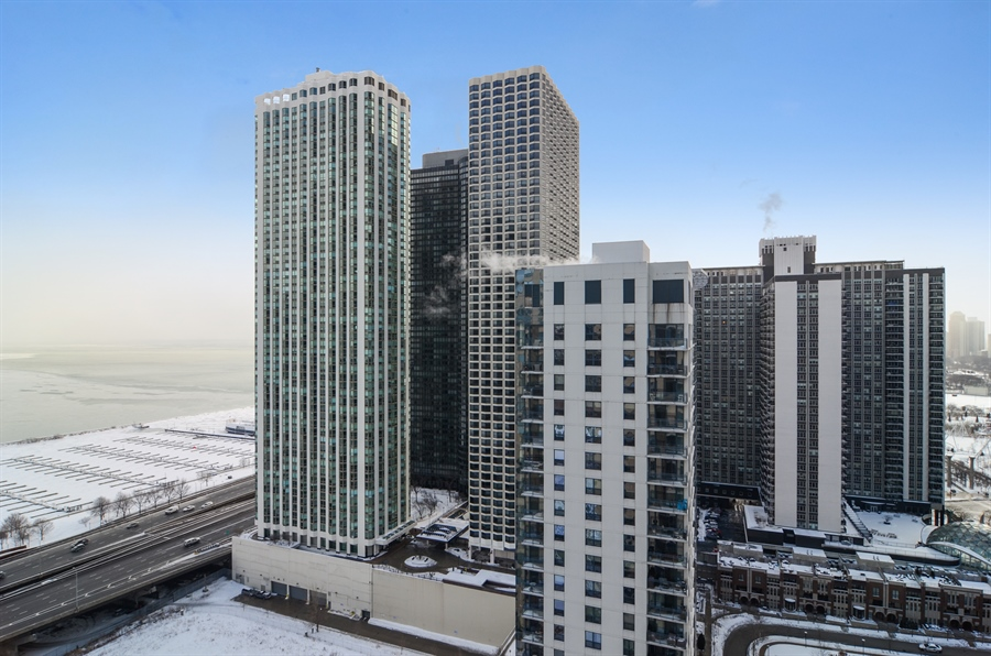Real Estate Photography - 420 E Waterside Drive, 2403, Chicago, IL, 60601 - Lake and Harbor View