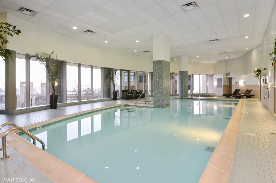 Real Estate Photography - 420 E Waterside Drive, 2403, Chicago, IL, 60601 - Indoor Pool