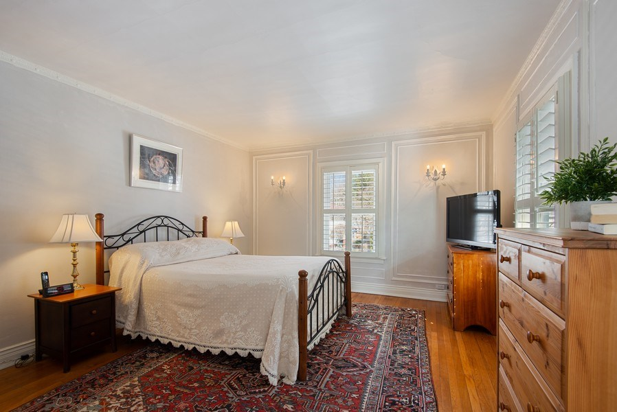Real Estate Photography - 806 Clinton Place, evanston, IL, 60201 - Master Bedroom