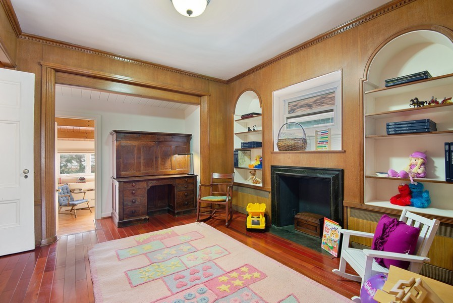 Real Estate Photography - 806 Clinton Place, evanston, IL, 60201 - 2nd floor Den/Play room