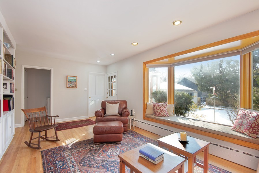Real Estate Photography - 806 Clinton Place, evanston, IL, 60201 - Family Room