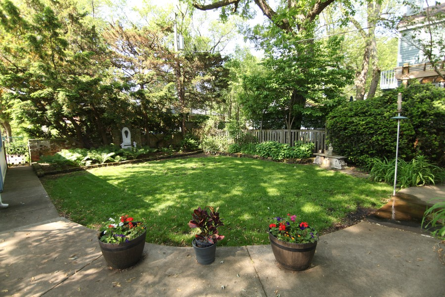 Real Estate Photography - 806 Clinton Place, evanston, IL, 60201 -