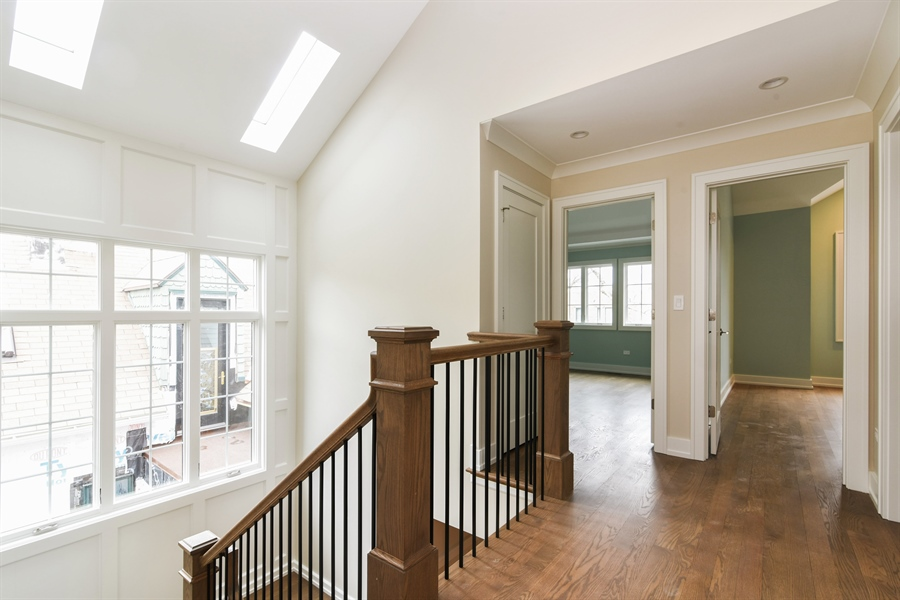 Real Estate Photography - 1927 W Oakdale Ave, Chicago, IL, 60657 - 2nd Floor Corridor