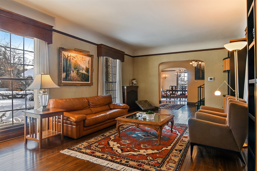 Real Estate Photography - 1041 Locust Rd, Wilmette, IL, 60091 - Living Room