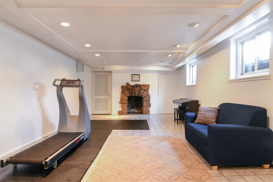 Real Estate Photography - 1041 Locust Rd, Wilmette, IL, 60091 - Recreation Room