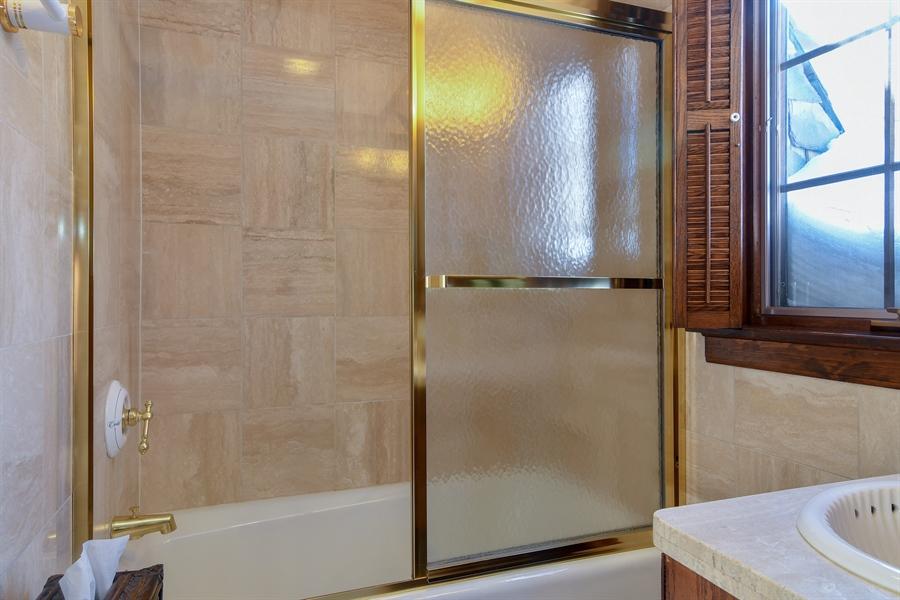 Real Estate Photography - 1041 Locust Rd, Wilmette, IL, 60091 - Bathroom
