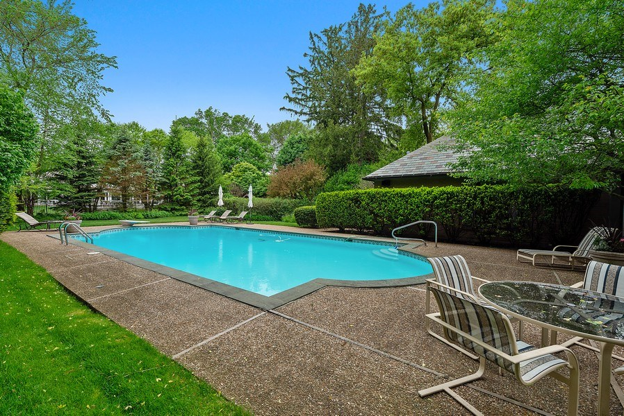 Real Estate Photography - 1041 Locust Rd, Wilmette, IL, 60091 - Rear View
