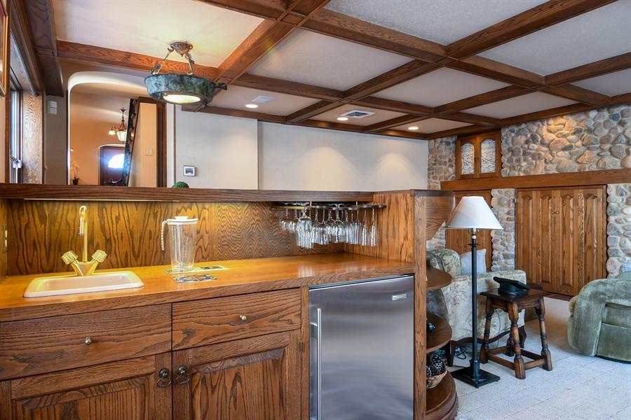 Real Estate Photography - 1041 Locust Rd, Wilmette, IL, 60091 - Bar